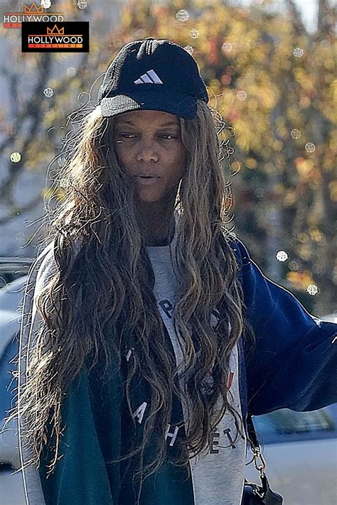 Tyra Banks Steps out Without Makeup - Hollywood Pipeline