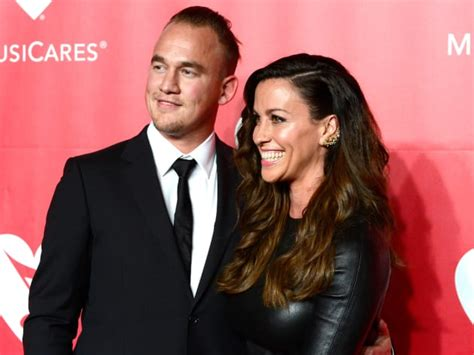 Alanis Morissette Welcomes Second Child! - The Hollywood