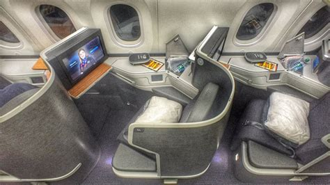 American Airlines NEW 787-9 Business Class - YouTube