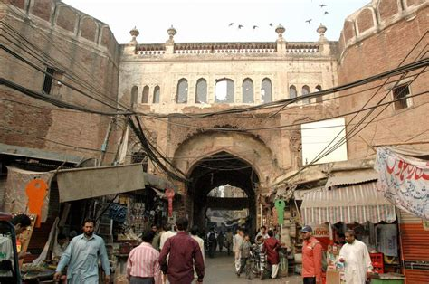 Shiraz Hassan: Walled City and Gates of Lahore (Part 1)